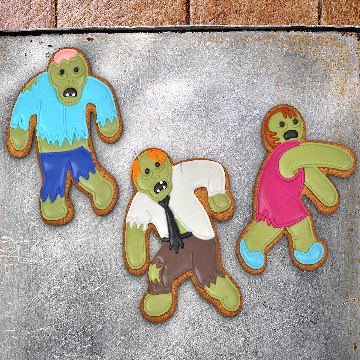 Make delicious cookies for a zombie movie night or Halloween party