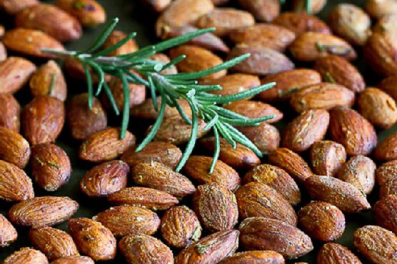 Roasted Almonds with Smoked Paprika & Rosemary