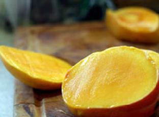 Mango-Clove Popsicles Image