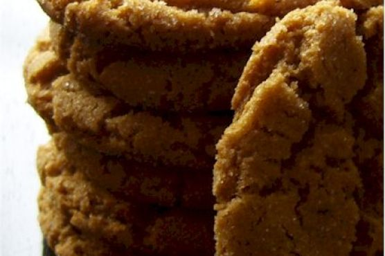 Snappy Molasses Cookies