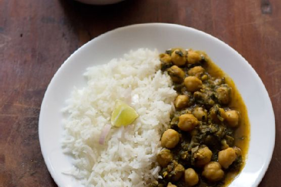 palak chole , how to make palak chole | spinach chickpeas