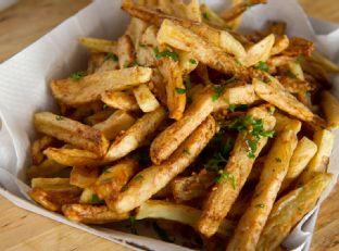 Ballpark-Style Garlic Fries Image