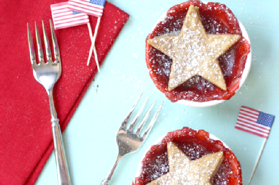 {} Patriotic Strawberry Pies