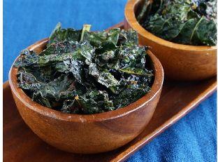 Baked Organic Chili Kale Chips Image