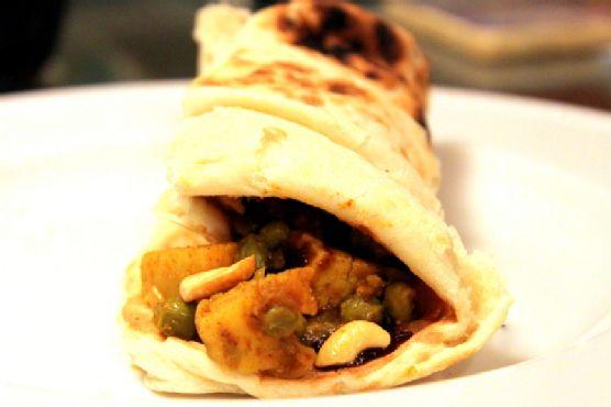 Spicy Samosa Wraps with Tamarind Chutney