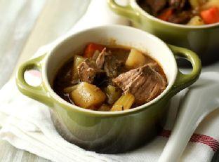 Irish Beef Stew (Slow Cooker)