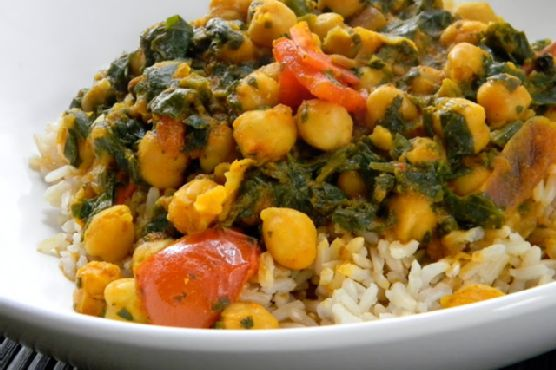 Easy Chick Pea and Spinach Indian Curry