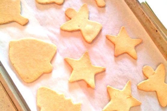 Healthy Cut Out Sugar Cookies {Grain Free & Sugar Free}