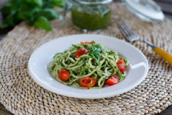 Zucchini Pasta Pesto (Paleo, Keto, Vegan)