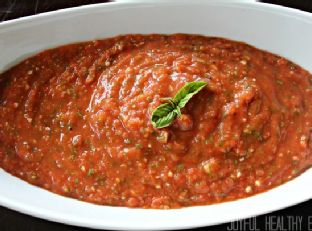 Real Men Cook: How to Make Tomato Sauce Image