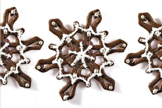 Spicy Snowflake Cookies