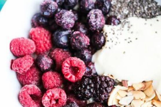 Triple Berry Oatmeal Smoothie Bowl with Almonds and Chia Seeds