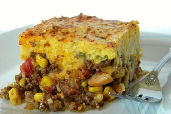 Chili Pie with Green Chile and Cheddar Cornbread Crust