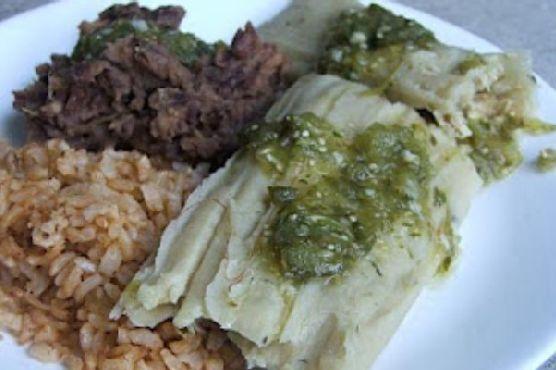 Salsa Verde Chicken Tamales