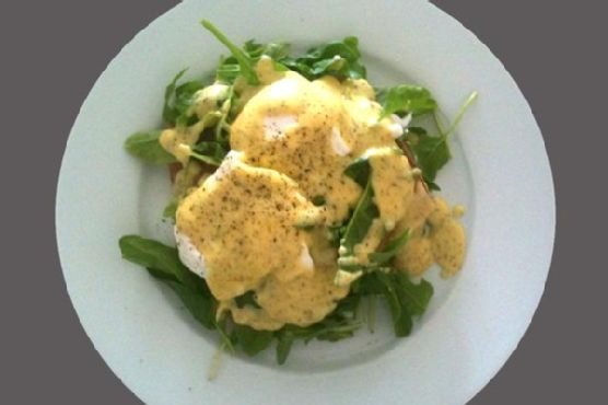 Smoked Salmon Eggs Benedict With Lemon Dill Hollandaise