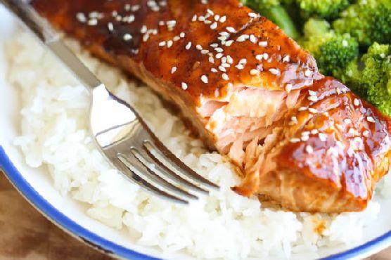 Teriyaki Salmon and Broccoli Bowls