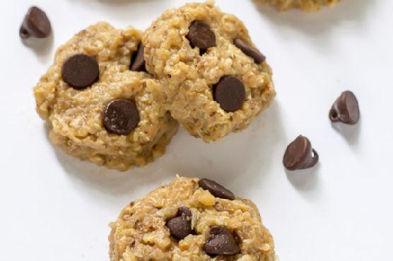 Chocolate Peanut Butter No Bake Quinoa Cookies