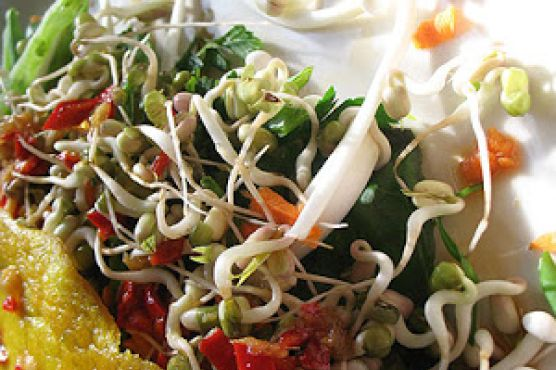 Vietnamese Pancakes with Vegetables, Herbs and a Fragrant Dipping Sauce (Bánh Xèo)