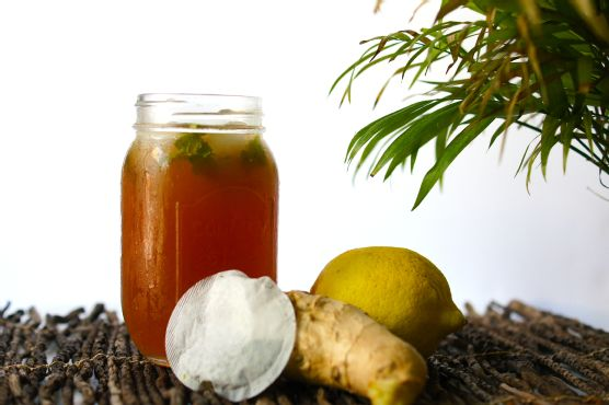 Honey Ginger Lemon Iced Tea
