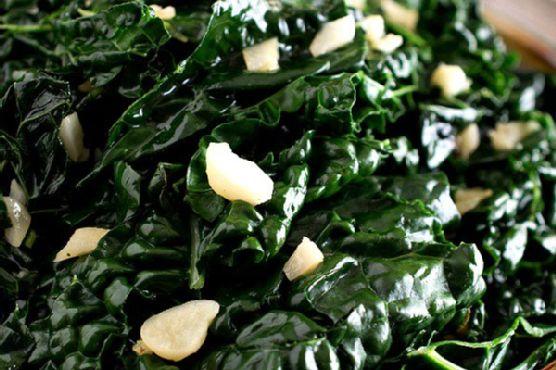 Garlicky Tuscan Kale