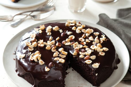 Fabulous Vegan Fudge Cake with Bittersweet Icing