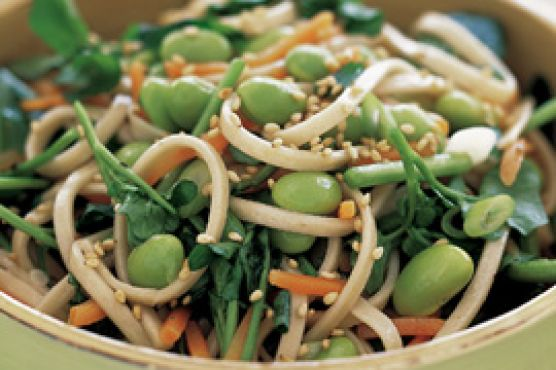 Asian Noodles with Edamame in No Time