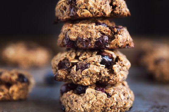 Nutrition-Rich Omega 3 Blueberry Breakfast Cookies (gluten free + vegan!)
