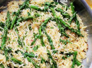 Garlic Butter Asparagus Pasta
