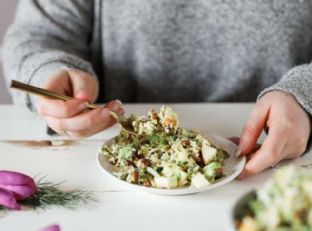 Brussels Sprout Salad with Fennel Garlic Vinaigrette