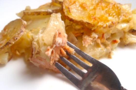 Филе горбуши с картошкой
