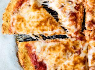 How to Make the Best Cauliflower Pizza Crust + video