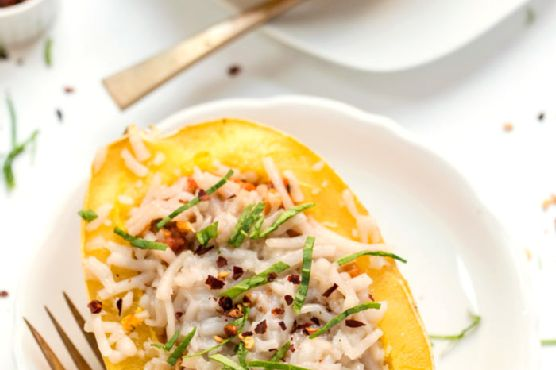 30-Minute Vegetarian Spaghetti Squash Boats